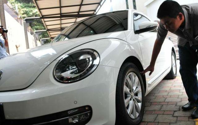 18 dari 19 Mobil Koruptor Ludes Dilelang: Harganya Bikin Ngiler!