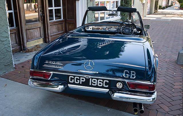 Mercedes-Benz 230SL eks John Lennon Siap Dilelang
