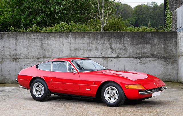 Ferrari Daytona Eks Elton John Siap Dilelang