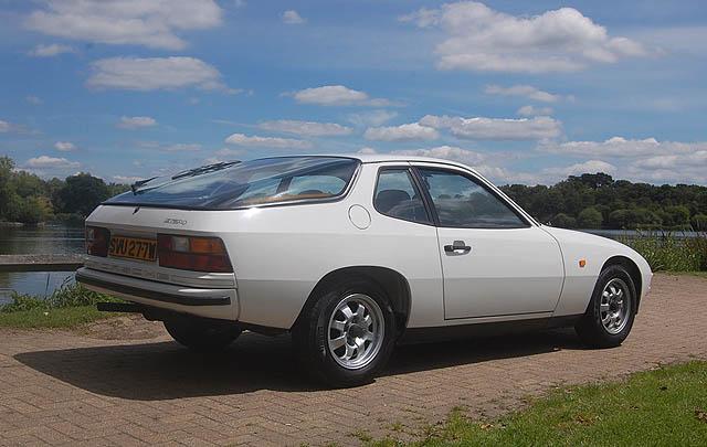 Baru Tempuh 10.000 Km, Porsche 924 1981 Siap Dilelang