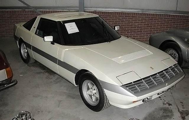 Konsep Retro Unik: Ferrari Meera S (Michelotti) 1982