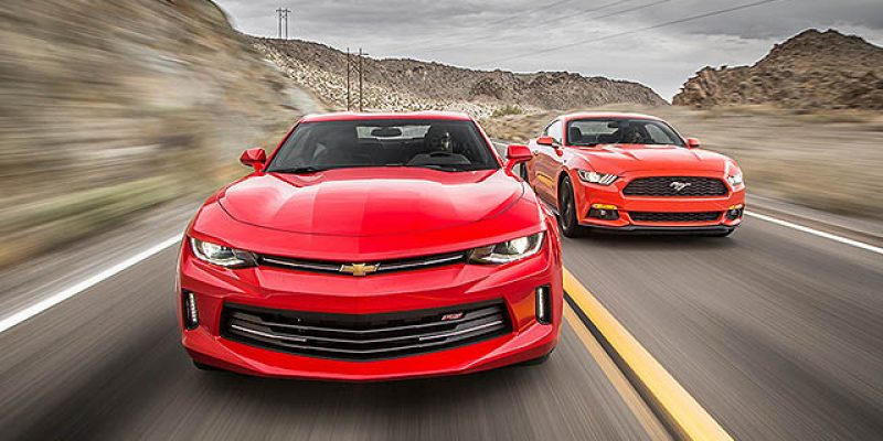 Comparison I Chevrolet Camaro RS 2016 VS Ford Mustang EcoBoost 2016