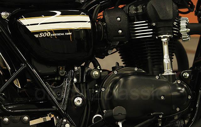 Bergaya Klasik Retro, Kawasaki W800 Hadir di GIIAS 2016