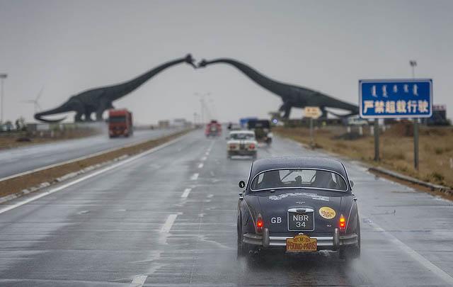 Serunya Ajang Peking to Paris Motor Challenge 2016