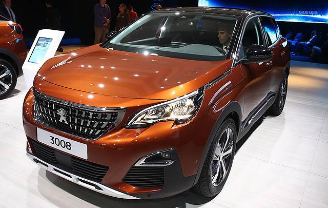 Peugeot New 3008 & 5008 Debut di Paris Motor Show 2016
