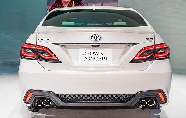 Toyota Crown Concept Tampil Memukau di Tokyo Motor Show 2017