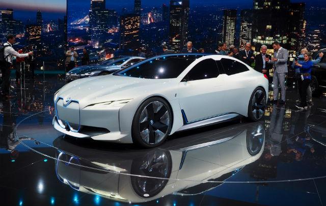 Jajaran Bintang Panggung di LA Auto Show 2017