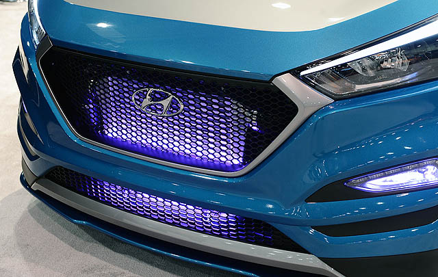 Hyundai Vaccar Tucson Sport Concept Debut di SEMA Show 2017