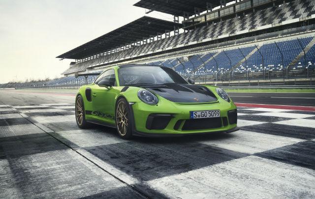 World Premiere: Porsche 911 GT3 RS