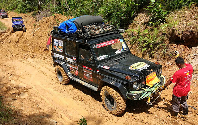 Peserta Indonesia Raih 'Furthest Overlander of The Year Award' di Borneo Safari 2017