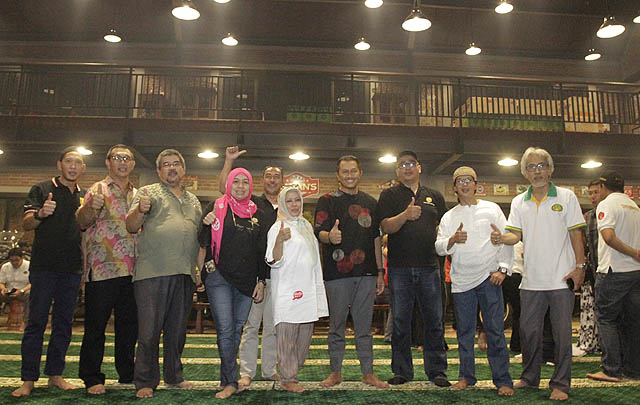 Nanan Soekarna Gelar Buka Bersama Lintas Komunitas