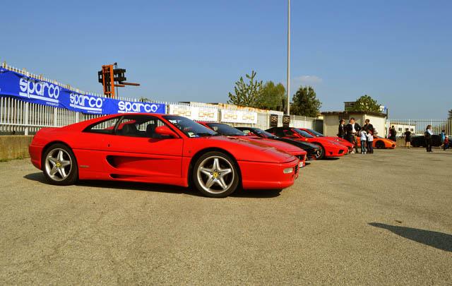 170 Supercar Eksotis Padati 'Cars & Coffee Torino'