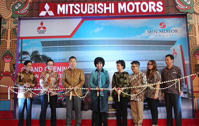 Mitsubishi Resmikan Dealer Baru di Sukoharjo