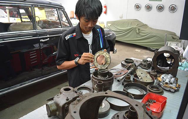 Handika Putra Pratama, Remaja 19 Tahun Ahli Mobil Matik