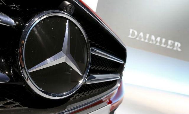 Obsesi Daimler &  Ferrari di Mobil Listrik