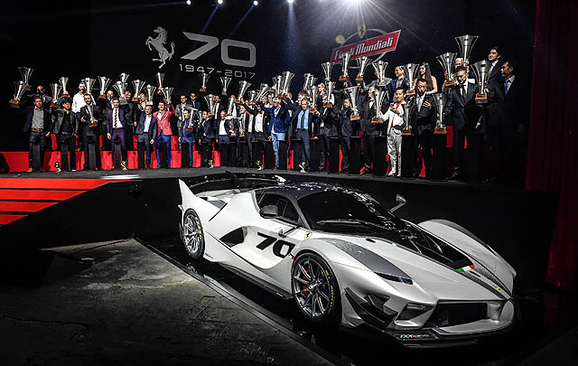 Ferrari FXX-K Evo Resmi Debut, Tawarkan Kinerja 'Gahar'