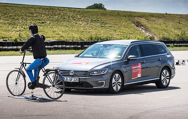 iBooster Bosch Hadirkan Sistem Baru Pendeteksi Pesepeda & Pejalan Kaki