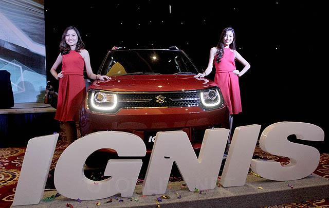 """Suzuki Ignis Raih Penghargaan """"Best Buy Car"""" di IIMS 2017"""