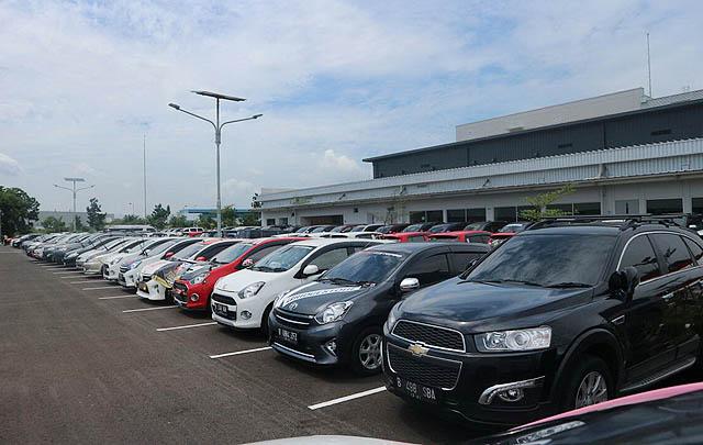 300 Mobil dari Berbagai Komunitas Ikuti 'JACC Mini Touring'