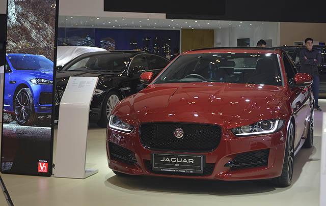 Grandauto Dinamika Perkenalkan Jaguar XF Terbaru di GIIAS 2016