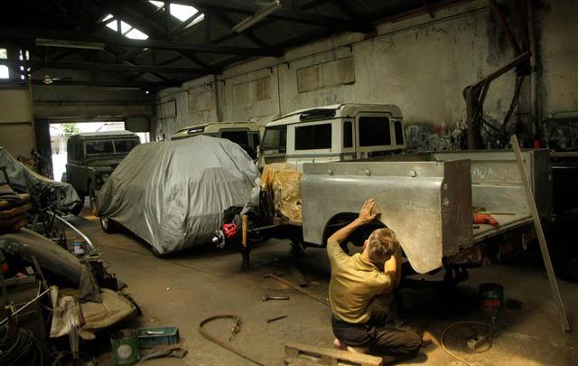 Klinik Land Rover, Spesialis 'Bedah' Landy