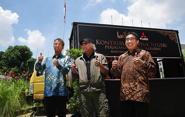 Apresiasi Pelanggan, Mitsubishi Fuso Boyong Iwan Fals ke 10 Kota