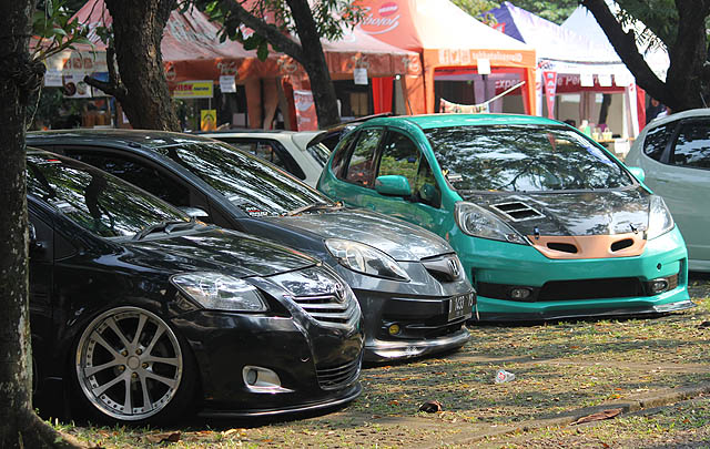 GT Radial Ramaikan Kontes Modifikasi Mesin Fair 2017