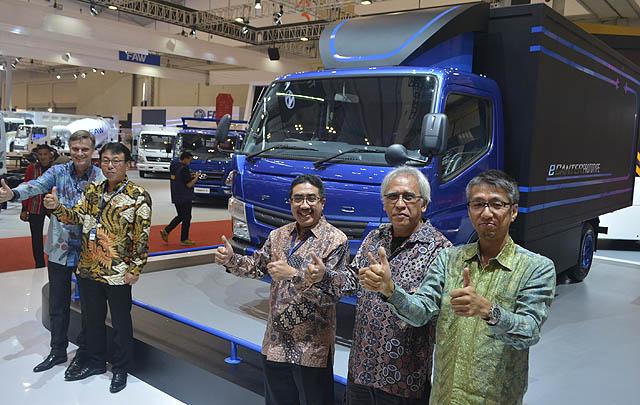 Mitsubishi FUSO Luncurkan Colt Diesel Terpanjang di GIIAS 2017