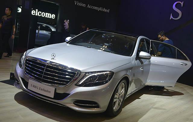Mercedes-Benz Tampilkan Tiga Mobil Terbaru di GIIAS 2017