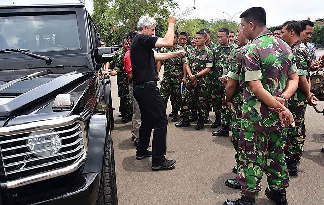 Kolaborasi Paspampres, Mercedes-Benz Gelar 'Guard Driver Training 2017'