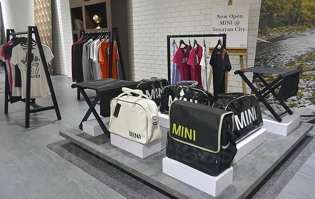 MINI@Senayan City Sediakan Berbagai Merchandise Orisinal MINI