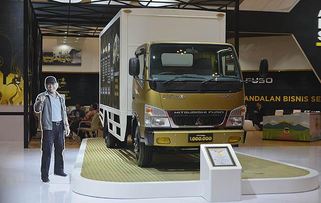 Permintaan Naik, Order Mitsubishi Fuso Tembus 776 Unit di GIIAS 2017