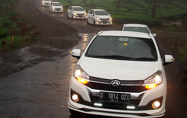 29 Jurnalis Rasakan Ketangguhan New Daihatsu Ayla