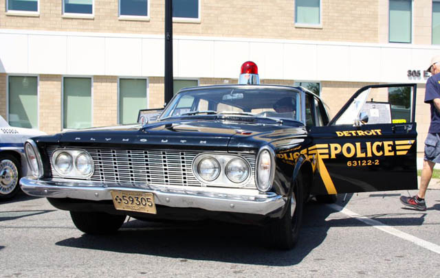 Parade Mobil Polisi Klasik di Woodward Dream Cruise 2014