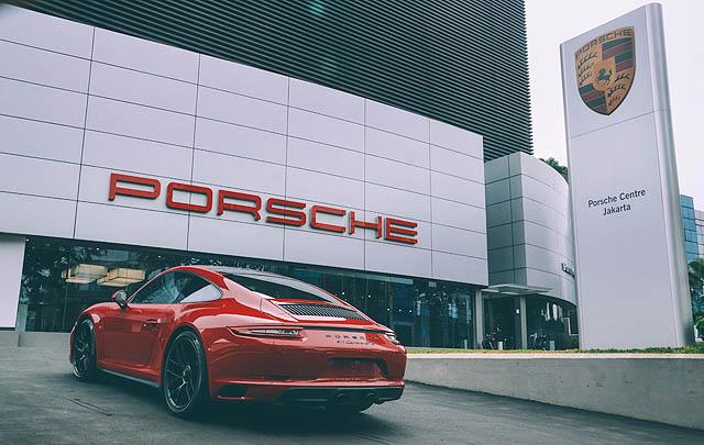 Porsche Centre Jakarta Hadirkan 911 Carrera GTS di Indonesia