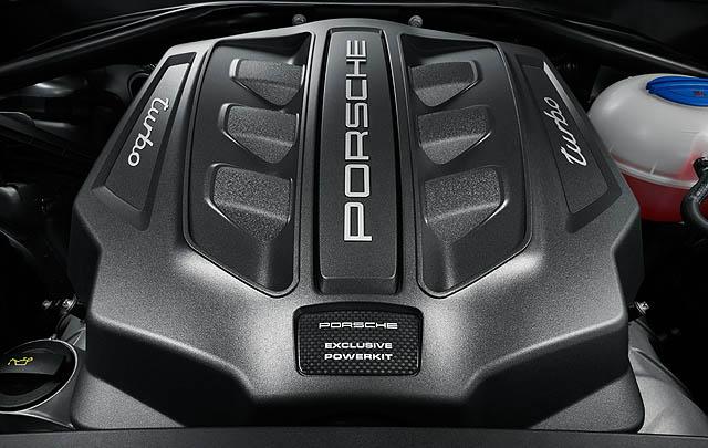 Performance Package Bikin Porsche Macan Turbo Makin 'Gahar'