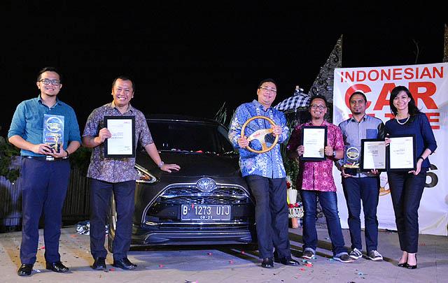 Toyota Sienta Raih 'Best of The Best Car' di ICOTY 2016