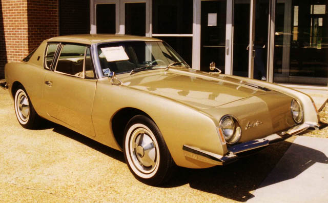 Klasik dan Langka: Studebaker Avanti 1962
