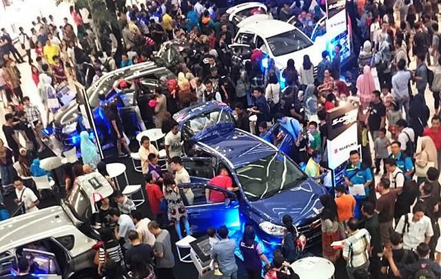 Launching di 15 Kota, Masyarakat Sambut Antusias New SX4 S-Cross