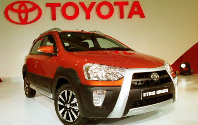 Toyota Etios Cross Debut di Auto Expo 2014