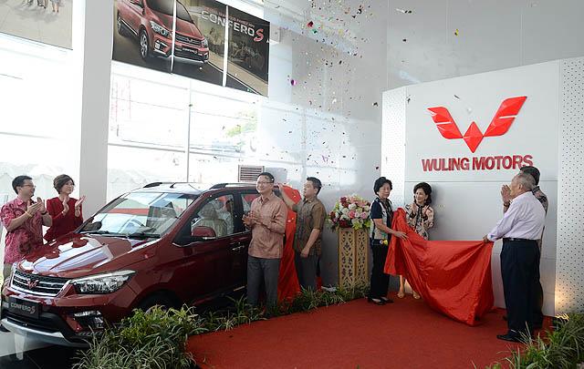Wuling Motors Resmikan Dealer Baru di Makassar