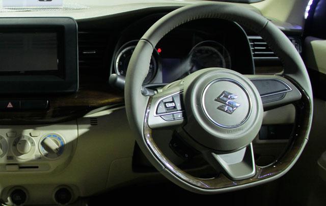 IIMS 2018: All New Suzuki Ertiga Bikin Penasaran Pengunjung untuk Test Drive