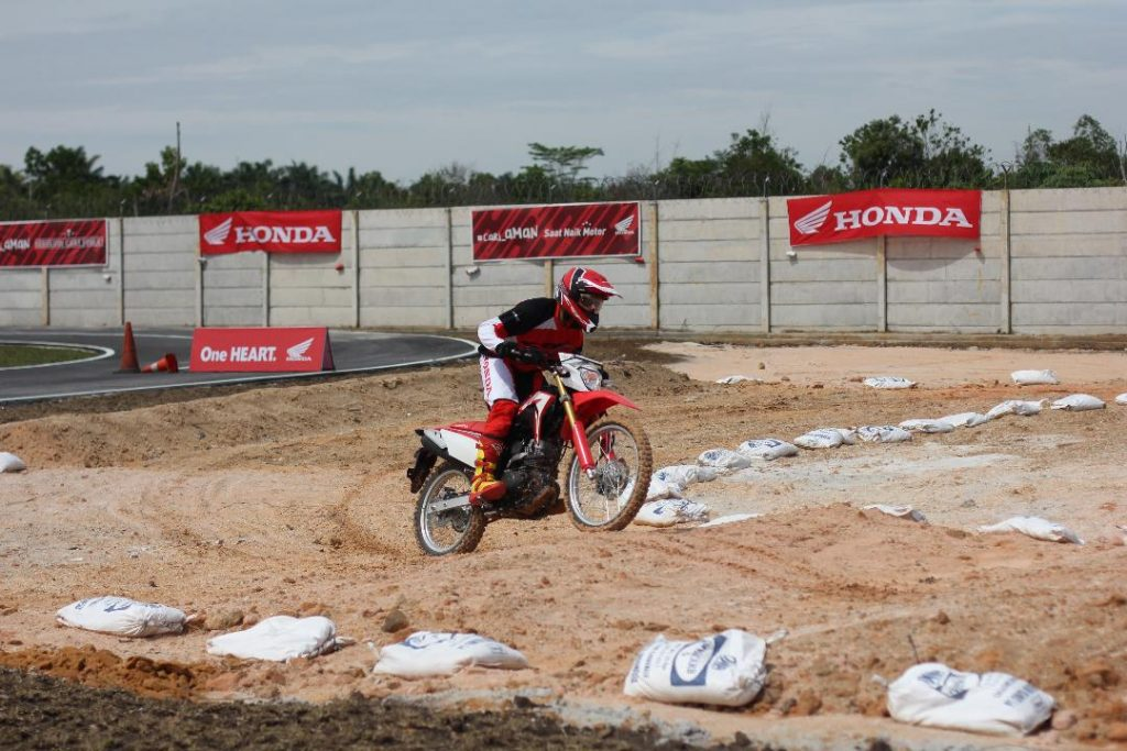 Safety Riding Instructors Competition