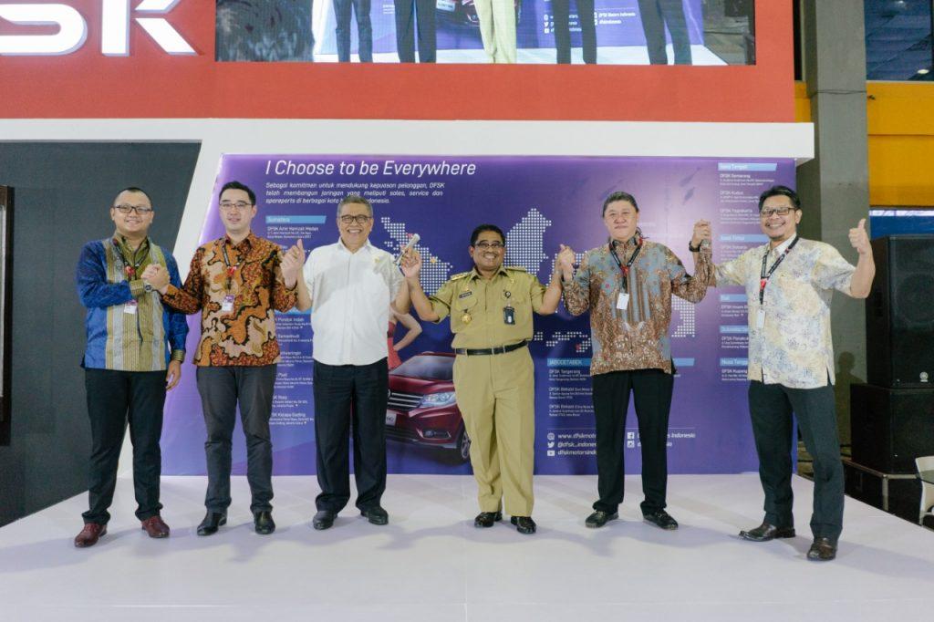 DFSK Raih Tiga Penghargaan di GIIAS Makassar