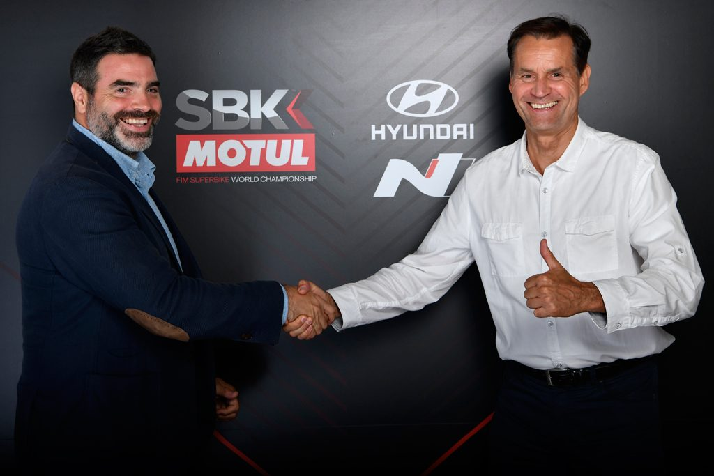 Hyundai i30 Fastback N Jadi Safety Car WorldSBK