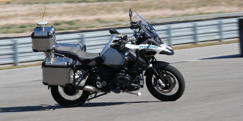 BMW R 1200 GS Bisa Melaju Tanpa Bikers