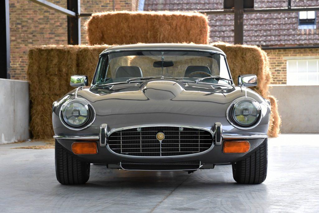Jaguar E-Type, Perpaduan Performa dan Modernisasi