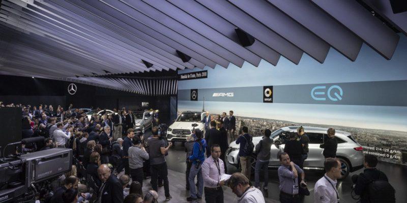 Mercedes-Benz Mengefisienkan Diri di Paris