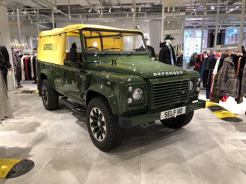 Selfridges Edition Land Rover Defender, Sudah Terpajang